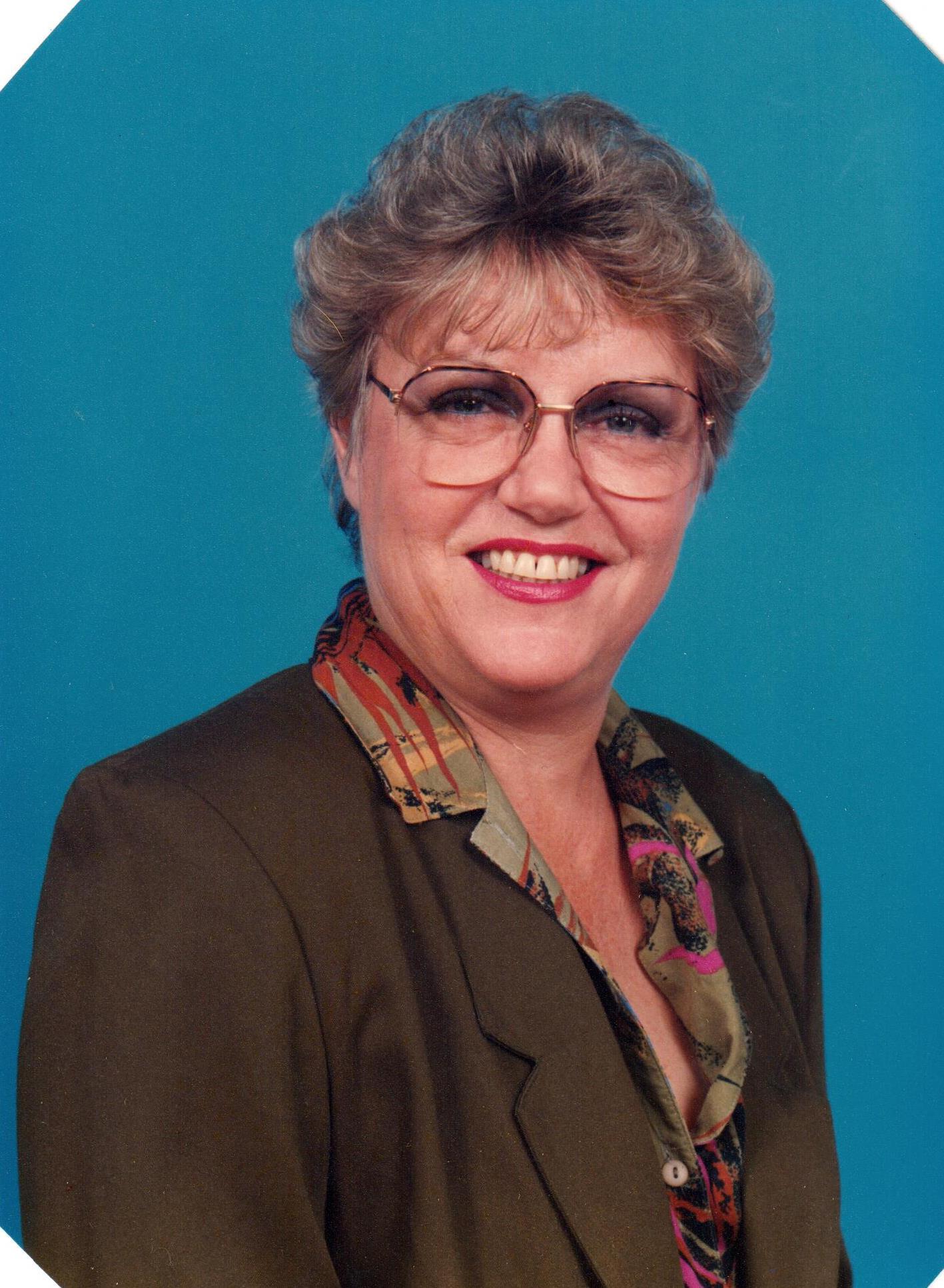 Buescher, Lynn M