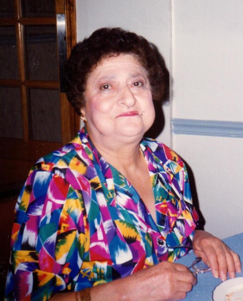 Zabak, Yasmine S