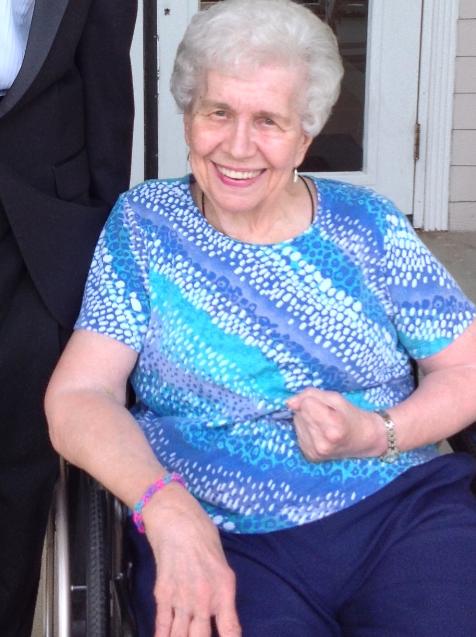 Gillow, Doris M.