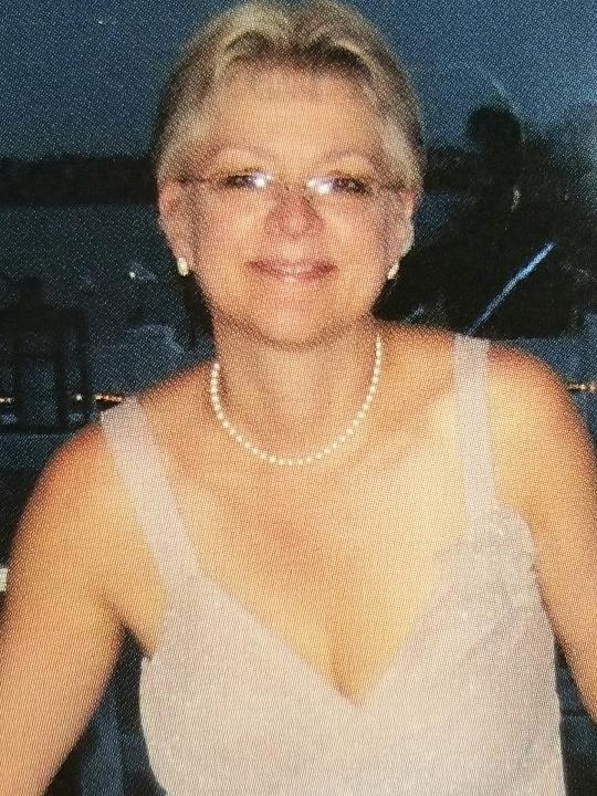 Gibson, Carolyn R.